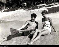 BKGF5K ISLAND IN THE SUN (1957) STEPHEN BOYD, PATRICIA OWENS, ROBERT ROSSEN (DIR) ISIS 003 P