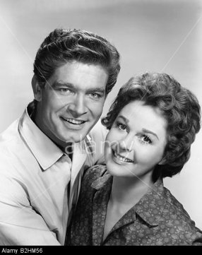 "B2HM56 Boyd, Stephen, 4.7.1931 - 2.6.1977, American actor, portrait, with Susan Hayward, PR photo for movie, ""Woman Obsessed"", USA 1"